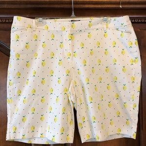 Talbots 🍋🍋🍋... Lemon and dot shorts 18W Petite